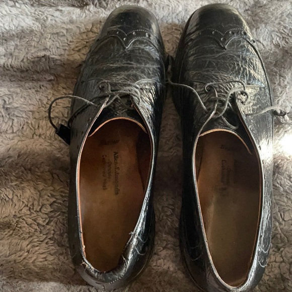 Rare Allen Edmond shark skin shoes